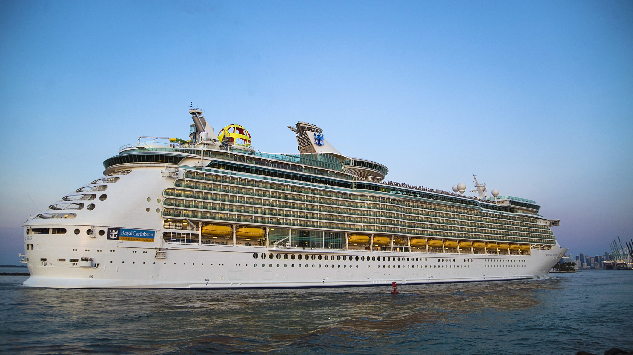 Mariner Of The Seas >> Mariner Of The Seas Arrives In Miami After Mega Makeover Talking